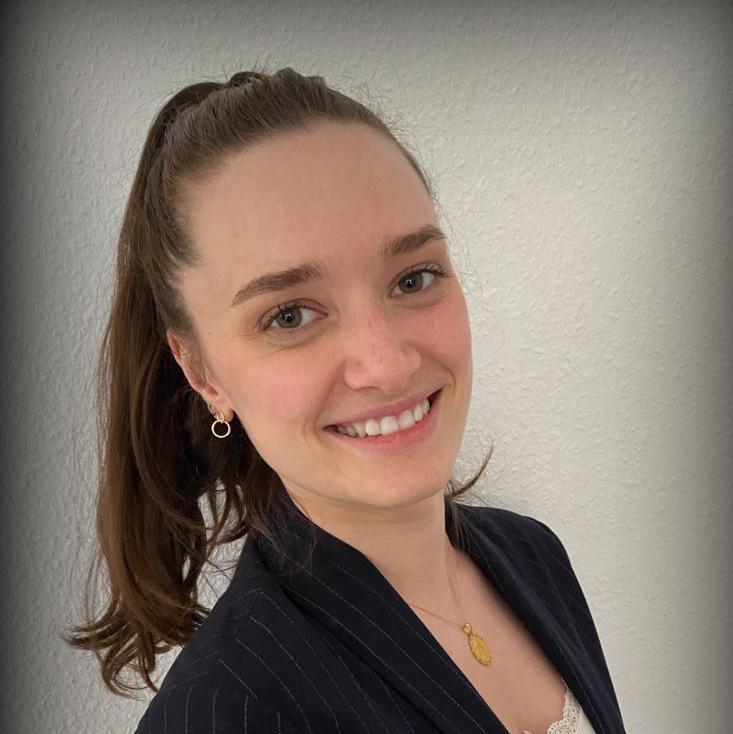 Laura Schlabs